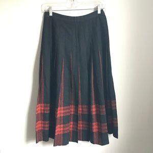Pendleton Menzies Tartan Red Black Pleated Skirt